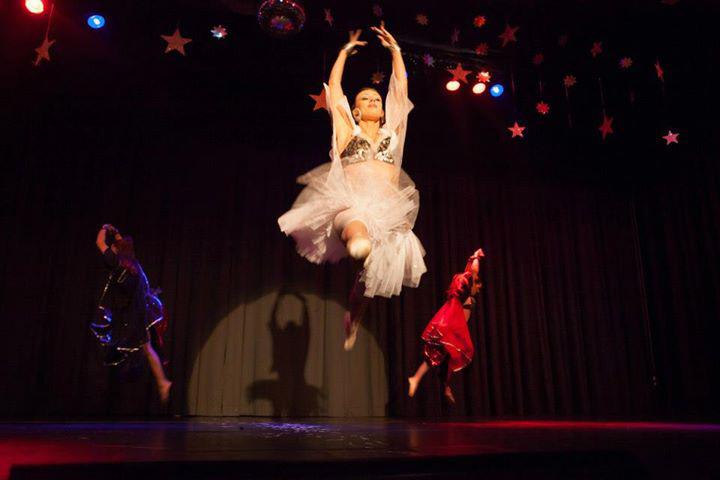 Burlesque Tänzerin Basel, Offenburg, Karlsruhe, Elena Auerbach aus Freiburg