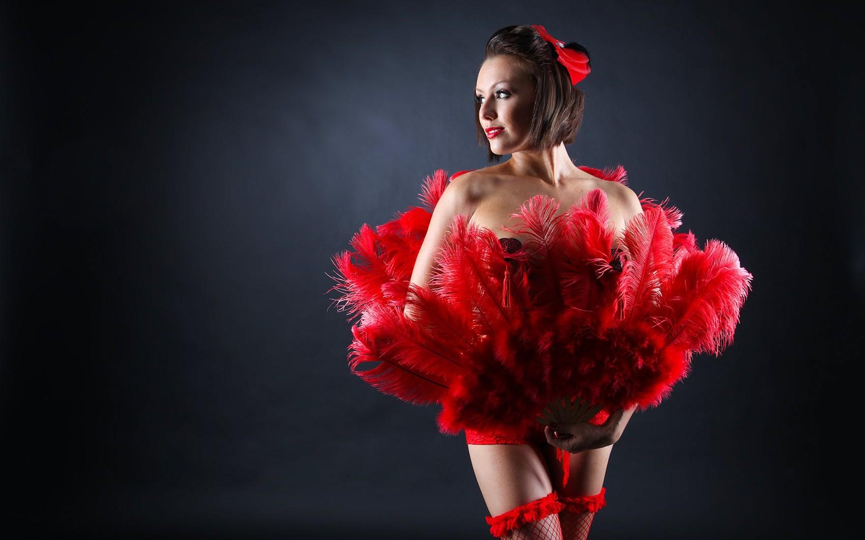 Burlesque tänzerin im Raum Basel, Offenburg, Karlsruhe, Stripperin, Gogo Tänzerin